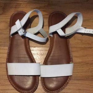 Francesca's white sandals